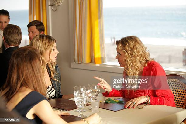 MISTRESSES Guess Who's Coming to Dinner When Savi and Joss's freespirited openminded and often absent mother Janet comes for an unexpected visit she...