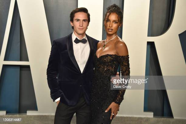 Guest and Jasmine Tookes attend the 2020 Vanity Fair Oscar Party at Wallis Annenberg Center for the Performing Arts on February 09 2020 in Beverly...