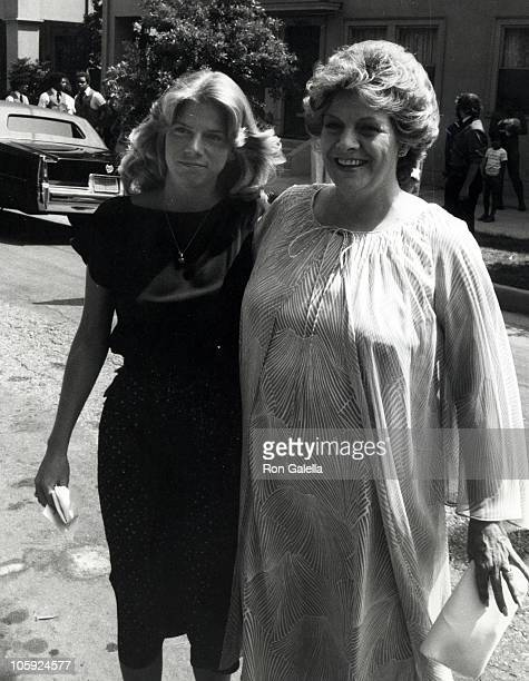 guest and Rosemary Clooney during Debbie Boone and Gabriel Ferrer Wedding Reception September 1 1979 at Wilshire Country Club in New York City New...