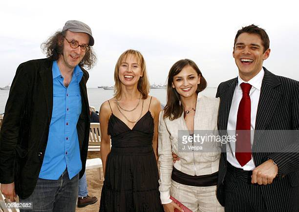 Guest Caroline Carver Rachael Leigh Cook and Kenny Doughty