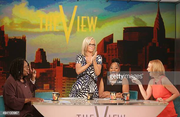 THE VIEW Guest cohost and political commentator Margaret Hoover Seth MacFarlane Sherri and Jenny dissect the latest pop culture newsTony award...