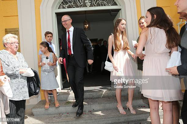 A guest during the wedding of Mario Gomez and Carina Wanzung at registry office Mandlstrasse on July 22 2016 in Munich Germany
