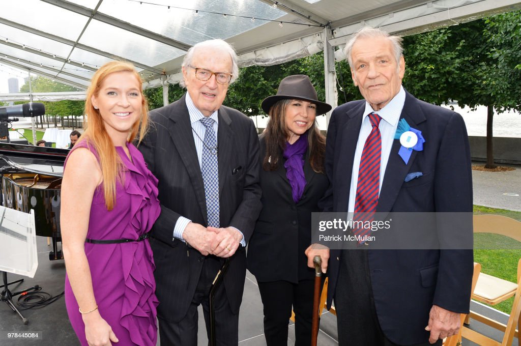 Guest, Honoree William vanden Heuvel, Roberta Fabiano and pianist Peter Duchin attend the Franklin D. Roosevelt Four Freedoms Park's gala honoring Founder Ambassador William J. Vanden Heuvel at Franklin D. Roosevelt Four Freedoms Park on June 13, 2018 in New York City.