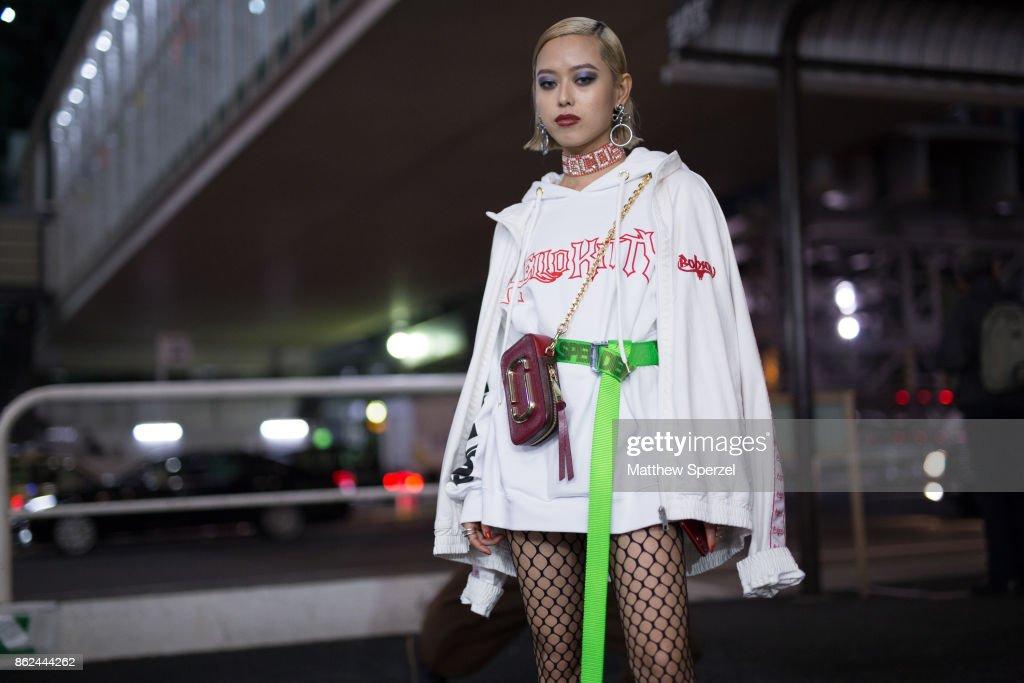 Street Style - Amazon Fashion Week TOKYO 2018 S/S : News Photo