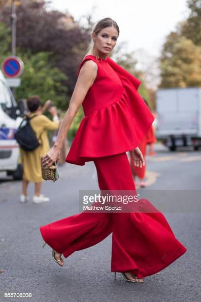Fotos Und Bilder Von Street Style Paris Fashion Week Womenswear Spring Summer 2018 Day Four