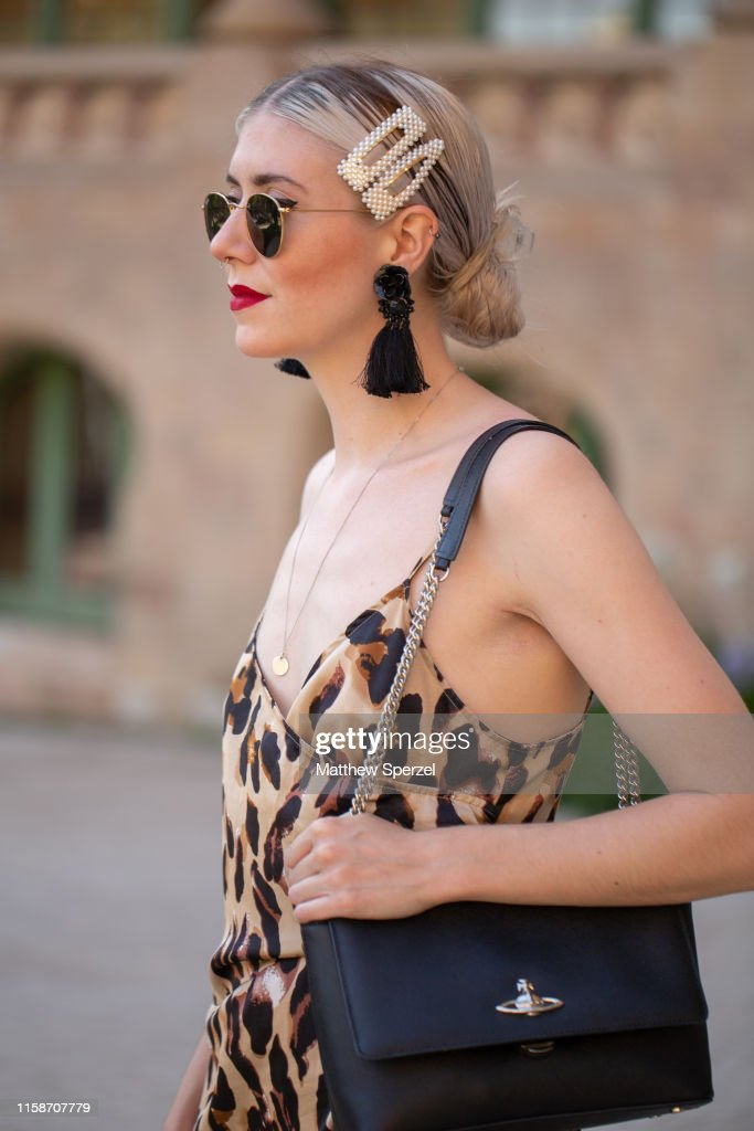 Street Style - Barcelona 080 Fashion Week - June 2019 : Foto di attualità