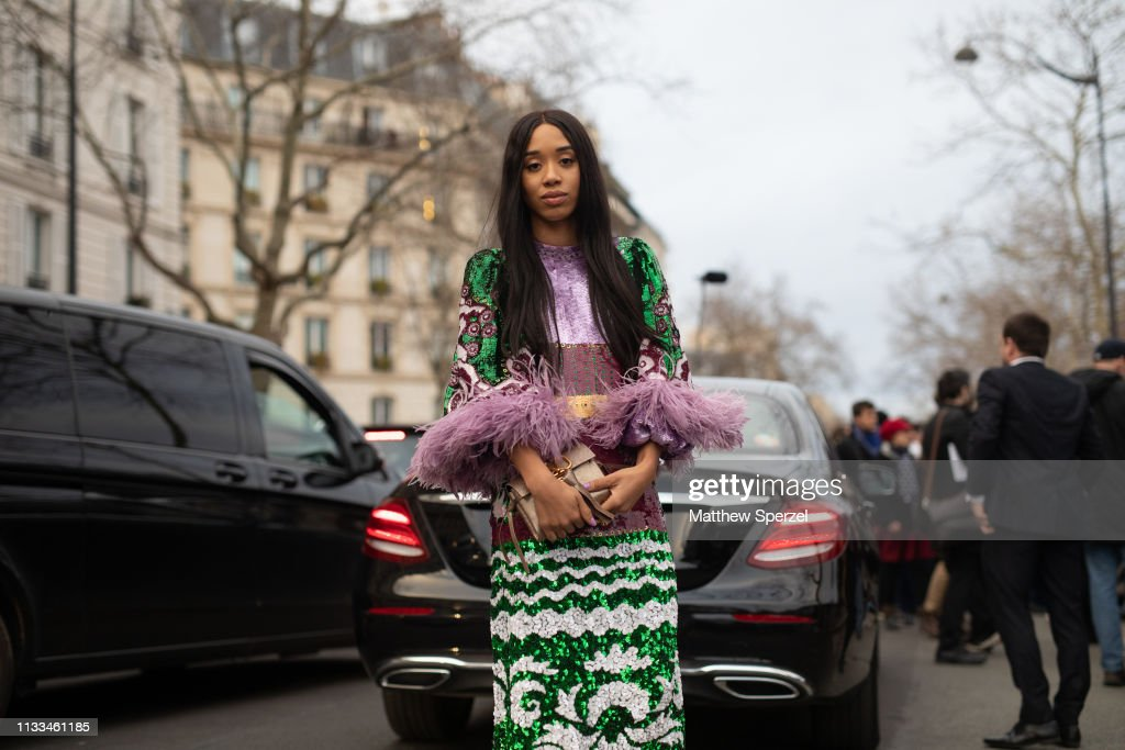 Street Style - Paris Fashion Week Womenswear Fall/Winter 2019/2020 : Day Seven : Foto di attualità