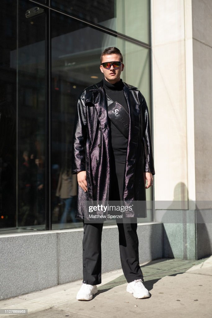 Street Style - New York Fashion Week: Men's : News Photo