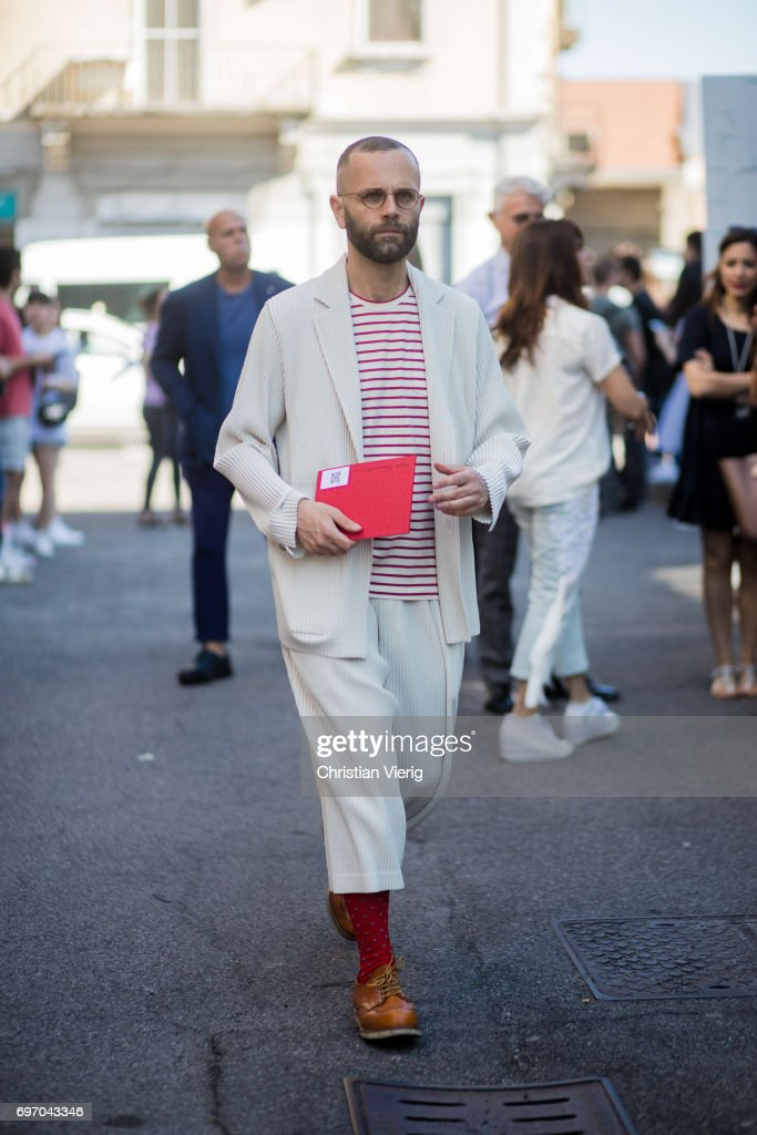 Street Style  June 17 - Milan Men s Fashion Week Spring Summer 2018   News 90afcf553e
