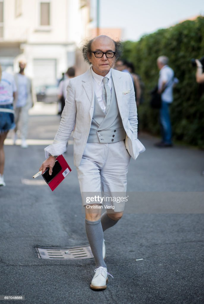 Street Style  June 17 - Milan Men s Fashion Week Spring Summer 2018    Nachrichtenfoto 523f72aee1