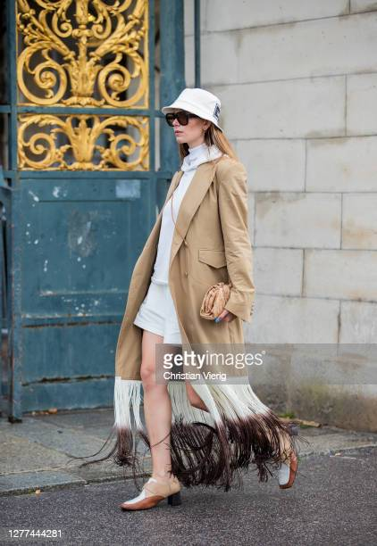 Guest is seen outside Dior during Paris Fashion Week - Womenswear Spring Summer 2021 : Day Two on September 29, 2020 in Paris, France.