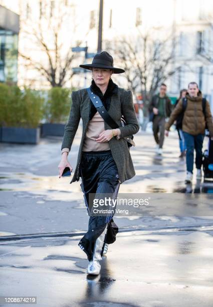 Guest is seen outside Koche during Paris Fashion Week - Womenswear Fall/Winter 2020/2021 : Day Two on February 25, 2020 in Paris, France.