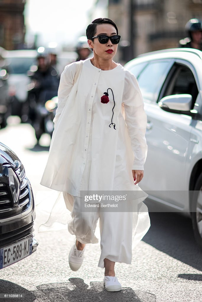 A guest is seen outside the Dries Van Noten show, during Paris Fashion Week Spring Summer 2017, on September 28, 2016 in Paris, France.