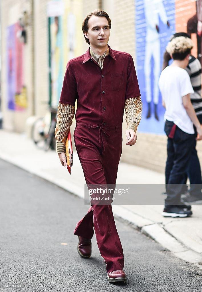 NY: Street Style - New York Fashion Week: Men's S/S 2017 - Day 3
