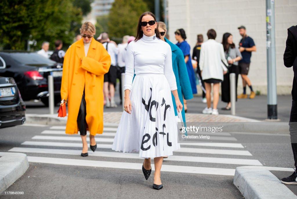 Street Style: September 18 - Milan Fashion Week Spring/Summer 2020 : News Photo