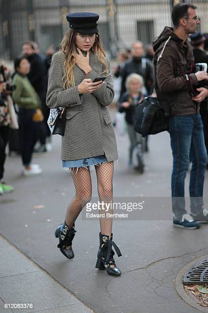 A guest is seen outside the Roland Mouret show during Paris Fashion Week Spring Summer 2017 on October 2 2016 in Paris France
