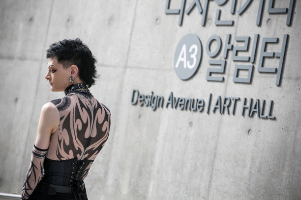 KOR: Street Style - Seoul Fashion Week 2020 S/S - Day 5