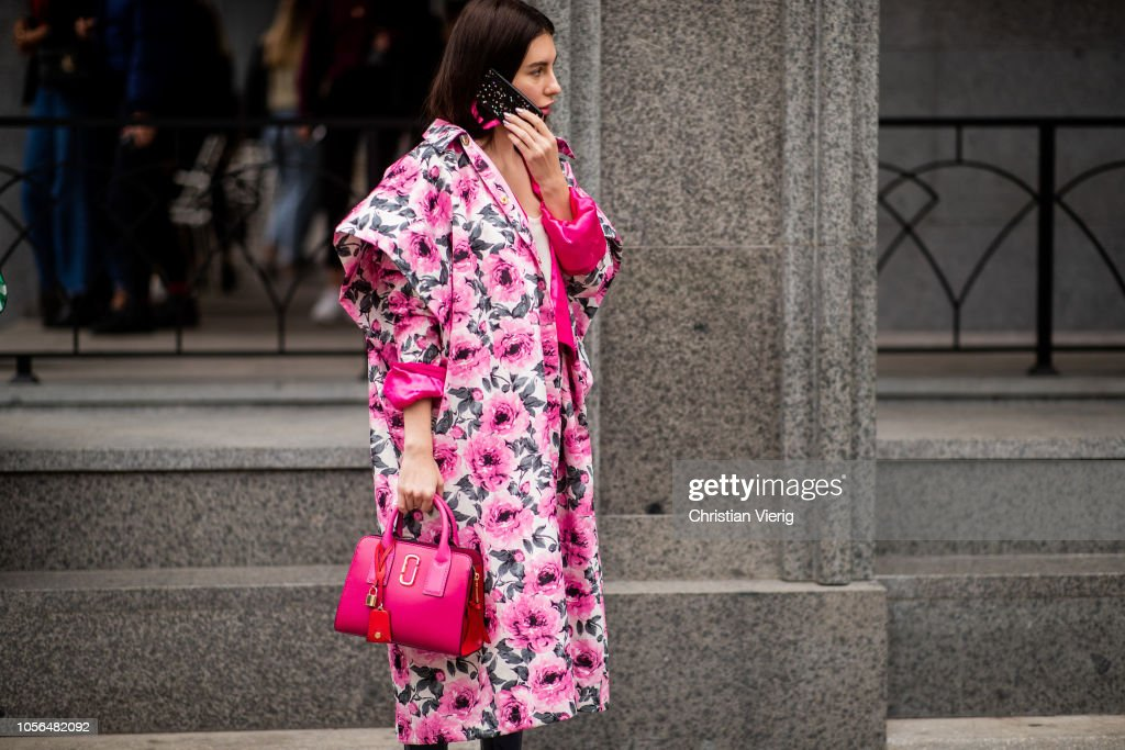 Street Style - Mercedes-Benz Tbilisi Fashion Week - November 2, 2018 : Photo d'actualité