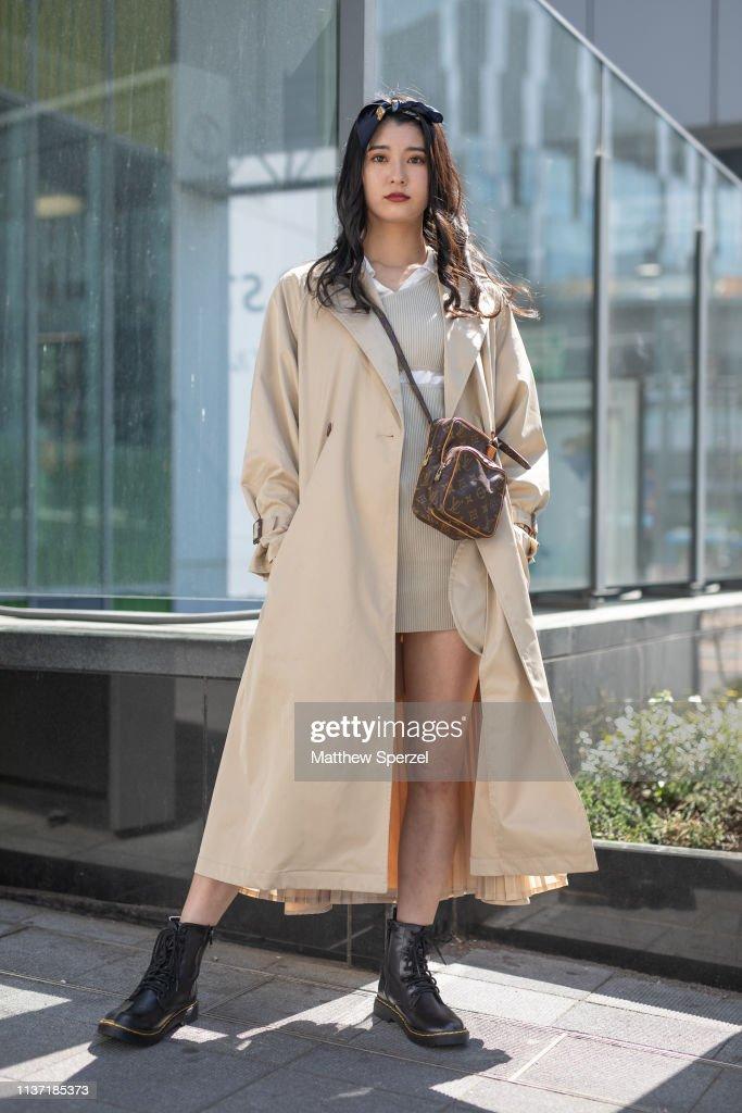 Street Style - Amazon Fashion Week TOKYO 2019 A/W - Day 3 : News Photo