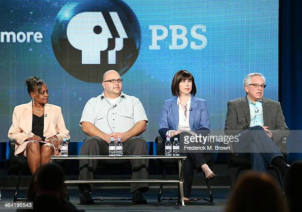 Guest Loretta guest David appraiser Laura Woolley and appraiser Wes Cowan speak onstage during the ' Antiques Roadshow/Treasures from History and...