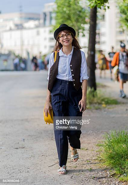 A guest outside Dries van Noten during the Paris Fashion Week Menswear Spring/Summer 2017 on June 23 2016 in Paris France