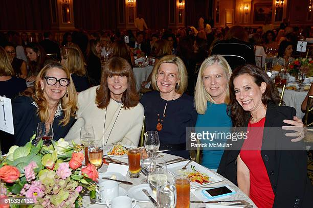 Guest Pam Taylor Cathy Rasenberger Pippa Gerard and Jan Bohrer attend the Lung Cancer Research Foundation's Eleventh Annual Lung Cancer Awareness...