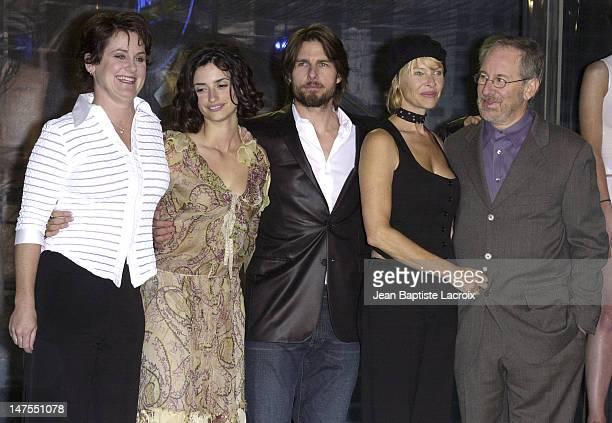 Guest Penelope Cruz Tom Cruise Kate Capshaw director Steven Spielberg