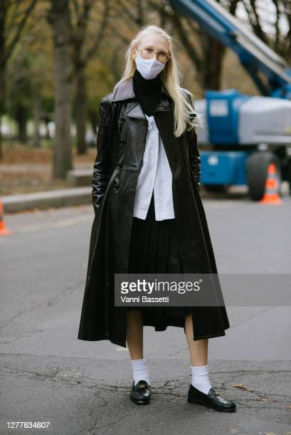 Guest poses after the Acne Studios show at the Grand Palais during Paris Fashion Week - Womenswear Spring summer 2021 on September 30, 2020 in Paris,...