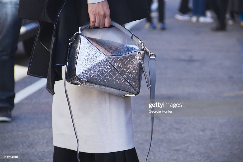 Street Style - Day 8 - New York Fashion Week: Women's Fall/Winter 2016 : News Photo