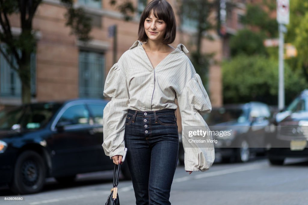 New York Fashion Week - Street Style - Day 1 : Photo d'actualité