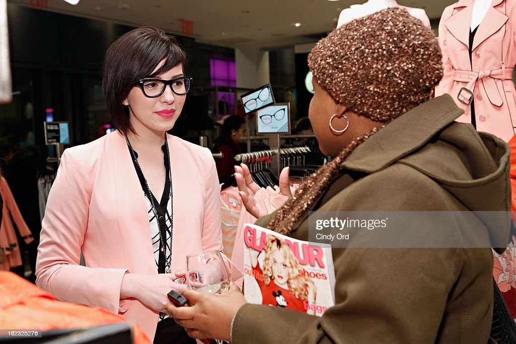 A guest speaks with fashion blogger Keiko Lynn at the NY & Co Pant