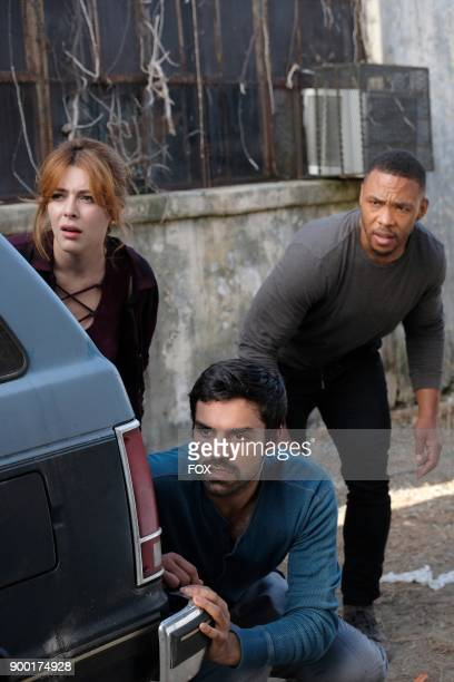 Guest star Elena Satine Sean Teale and guest star Defek James Jones in the 'eXit strategy' episode of THE GIFTED airing Monday Oct 23 on FOX