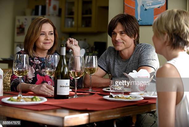 Guest star Jenna Fischer Rob Lowe and Mary Elizabeth Ellis in the Genesis episode of THE GRINDER airing Tuesday March 15 on FOX