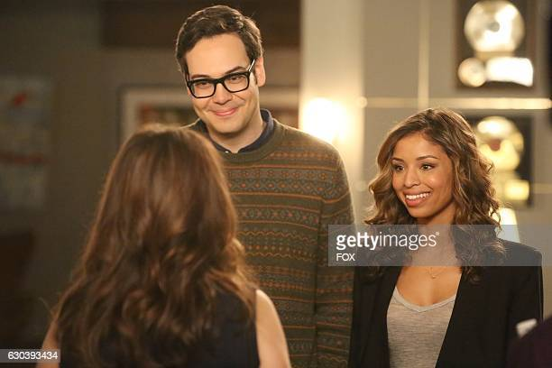 Guest star Nelson Franklin and guest star Brytni Sarpy in the 'Es Good' episode of NEW GIRL airing Tuesday Dec 6 on FOX