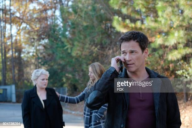 Guest star Sharon Gless Amy Acker and Stephen Moyer in the first part of the eXtraction/Xroads twohour season finale of THE GIFTED airing Monday Jan...