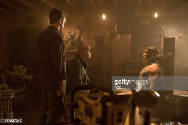 Guest star Tom O'Keefe Coby Bell and Blair Redford in the eneMy of My eneMy winter premiere episode of THE GIFTED airing Tuesday Jan 1 on FOX
