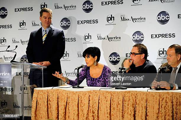 Guest television personality Kris Jenner Executive producer of The Bachelor Mike Fleiss and Television personality Raul de Molina attend National...