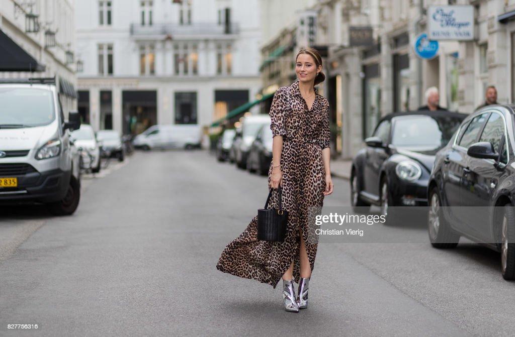 Fotos und Bilder von Street Style