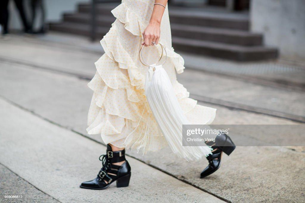 Street Style - Mercedes-Benz Fashion Week Australia 2018 : Photo d'actualité