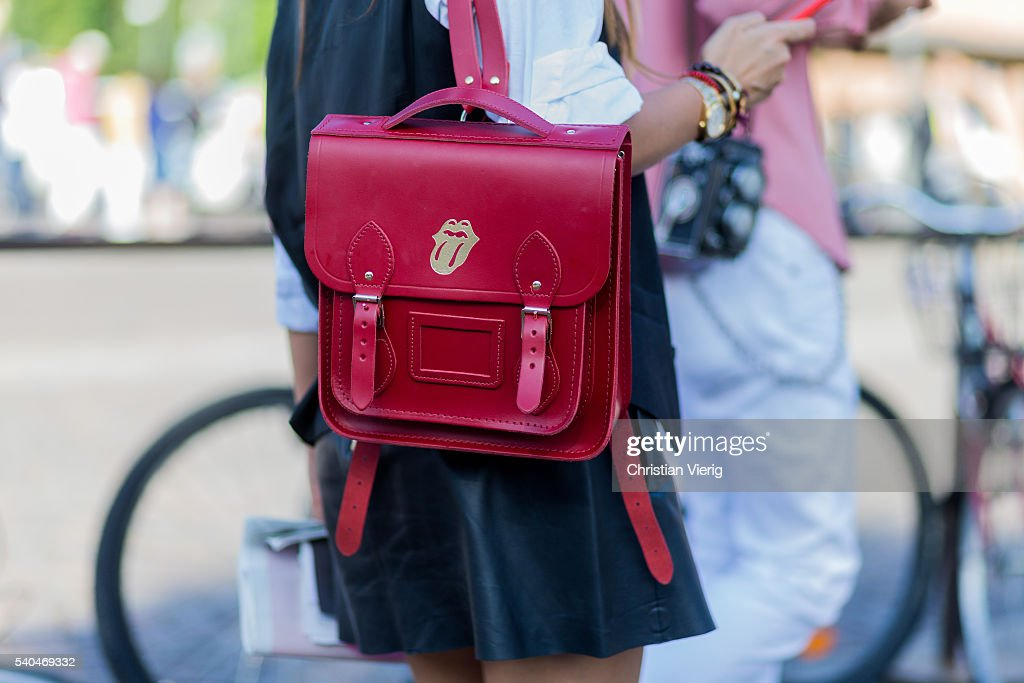 Street Style - Day 2 - 90. Pitti Uomo : News Photo