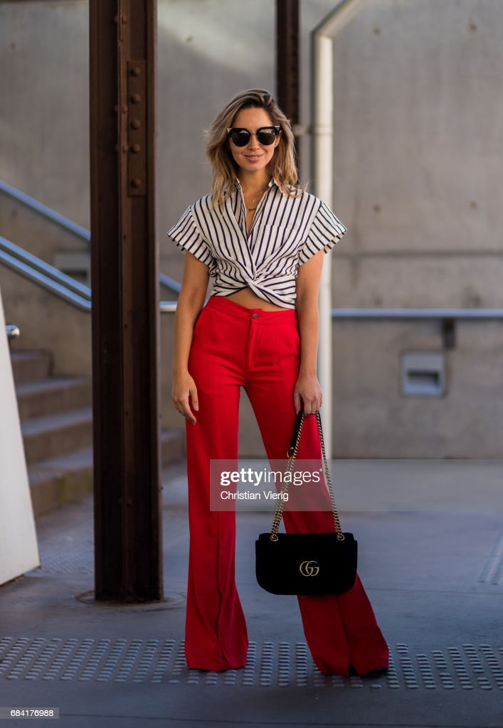Street Style - Mercedes-Benz Fashion Week Australia 2017 : News Photo