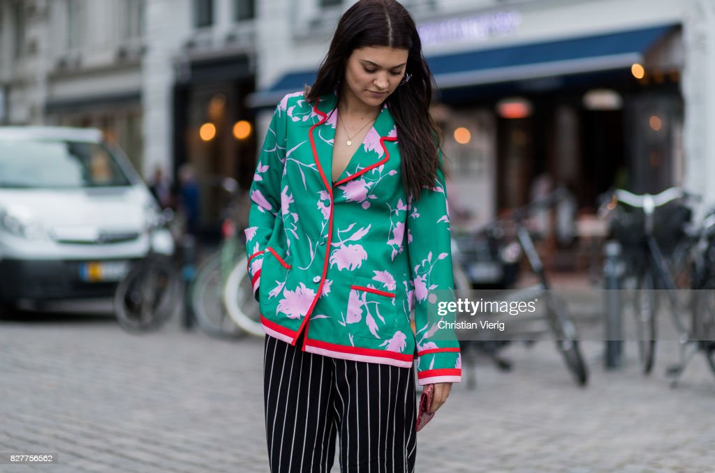 Street Style - Copenhagen Fashion Week Spring/Summer 2018: Day 1 : News Photo