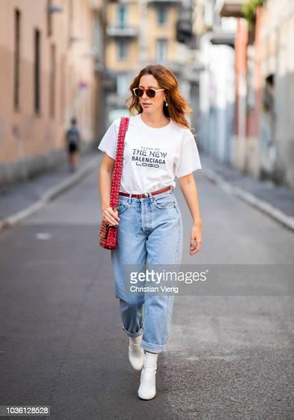 Boyfriend Jeans Fotografias E Imagenes De Stock Getty Images