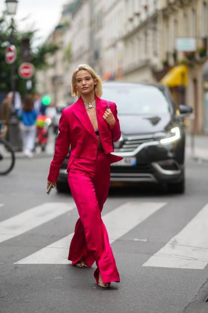 FRA: Street Style At  Paris Fashion Week - Menswear Spring/Summer 2022
