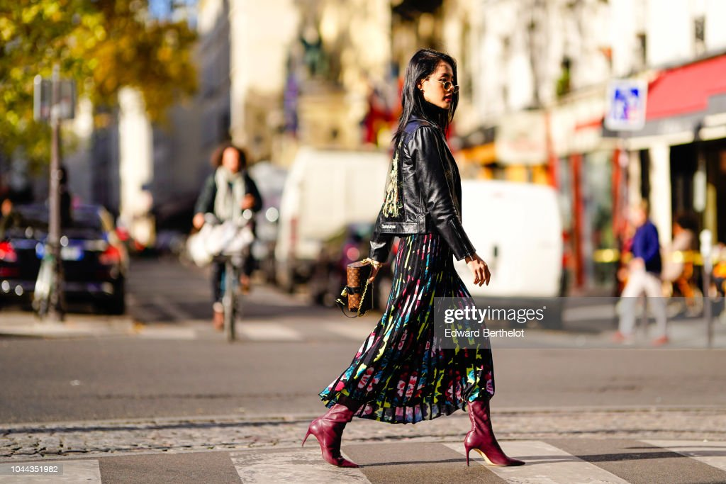Street Style : Paris Fashion Week Womenswear Spring/Summer 2019 : Day Eight : Photo d'actualité