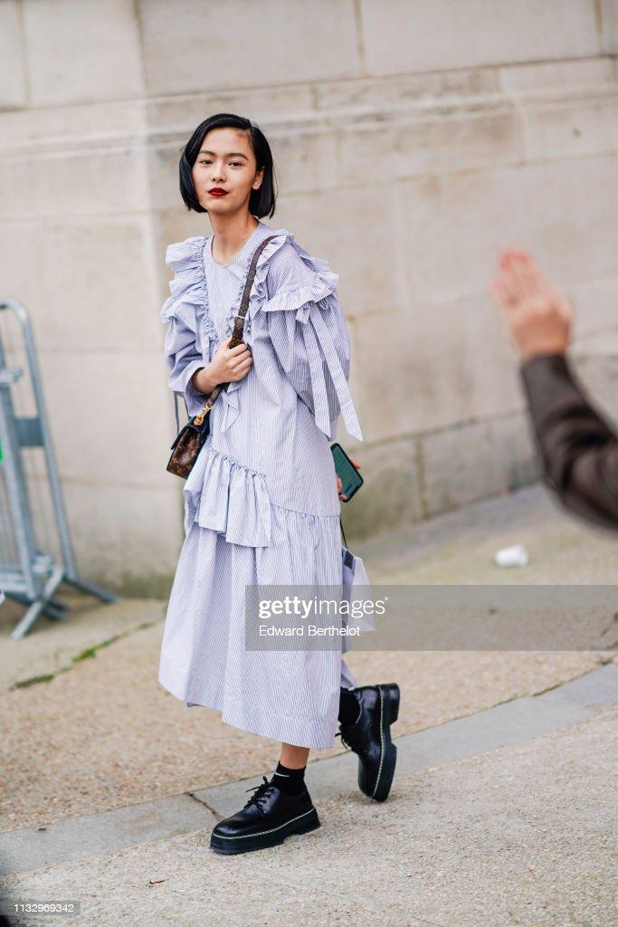 Street Style - Paris Fashion Week Womenswear Fall/Winter 2019/2020 : Day Four : Foto di attualità