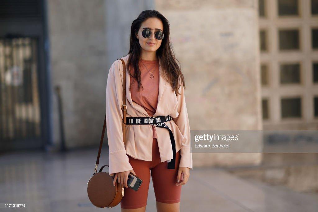 Street Style : Paris Fashion Week - Menswear Spring/Summer 2020 : Day Four : Photo d'actualité