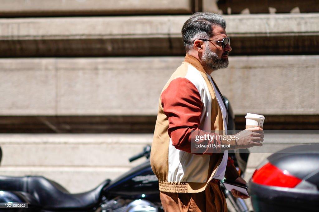 Street Style -Paris Fashion Week - Menswear Spring-Summer 2019 : Day Five : News Photo