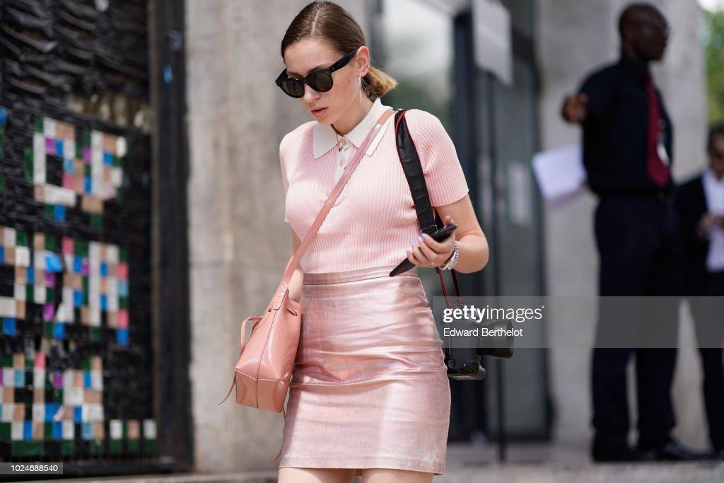Street Style -Paris Fashion Week - Menswear Spring-Summer 2019 : Day Four : News Photo