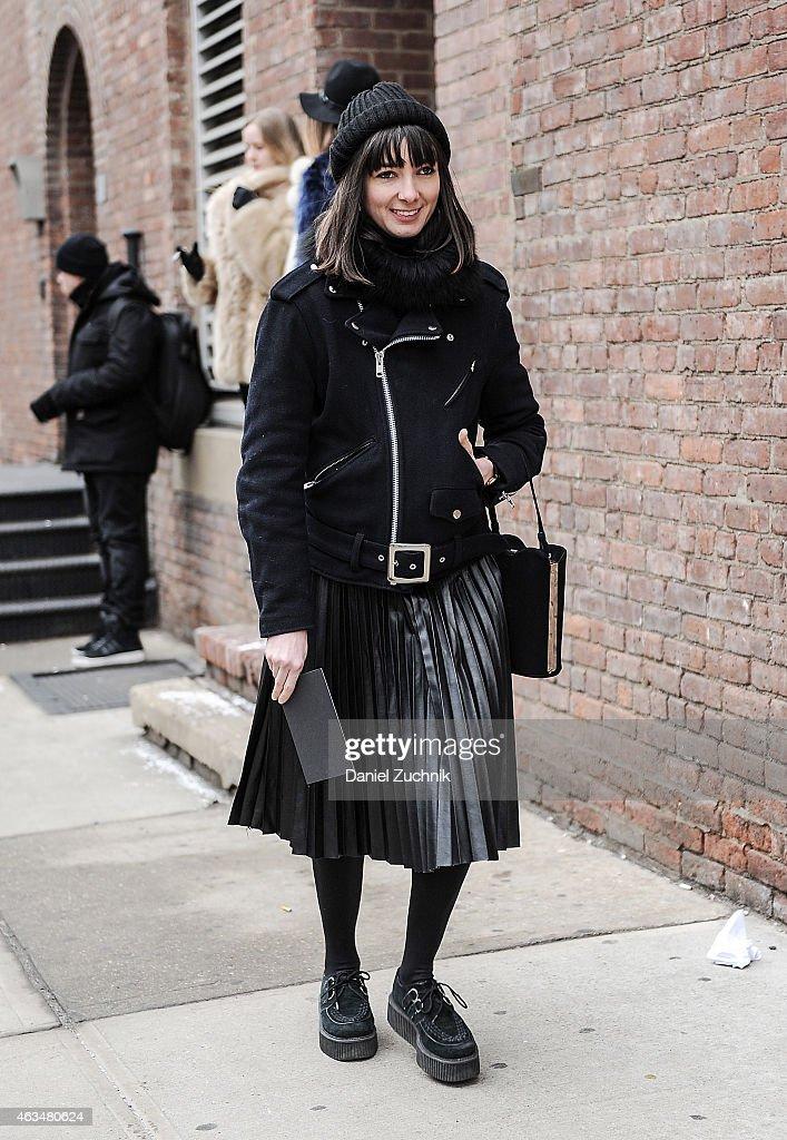 Street Style - Day 3 - New York Fashion Week Fall 2015 : News Photo